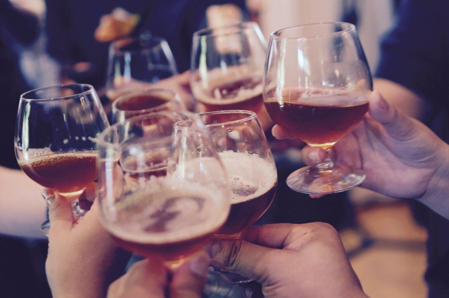 クラフトビール「バーレイワイン」ってなに?【特徴と美味しい飲み方を徹底解説】