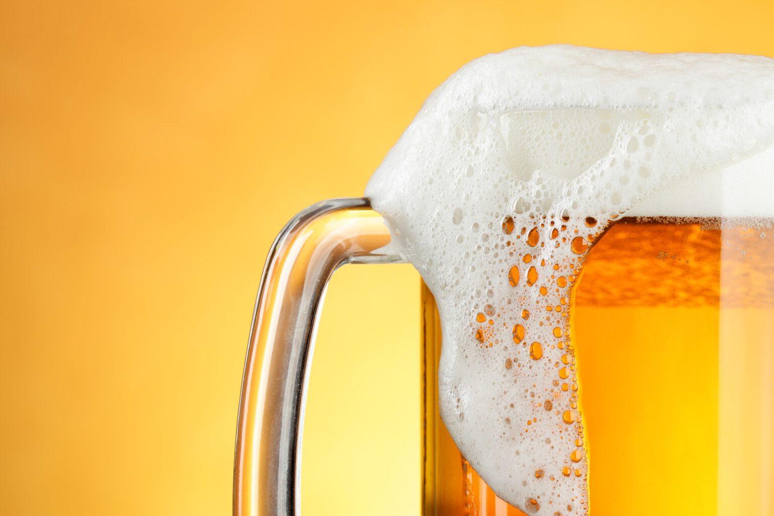 キャンプに最適!ハンディ型ビールサーバー5選【美味しいビールを飲む裏技】
