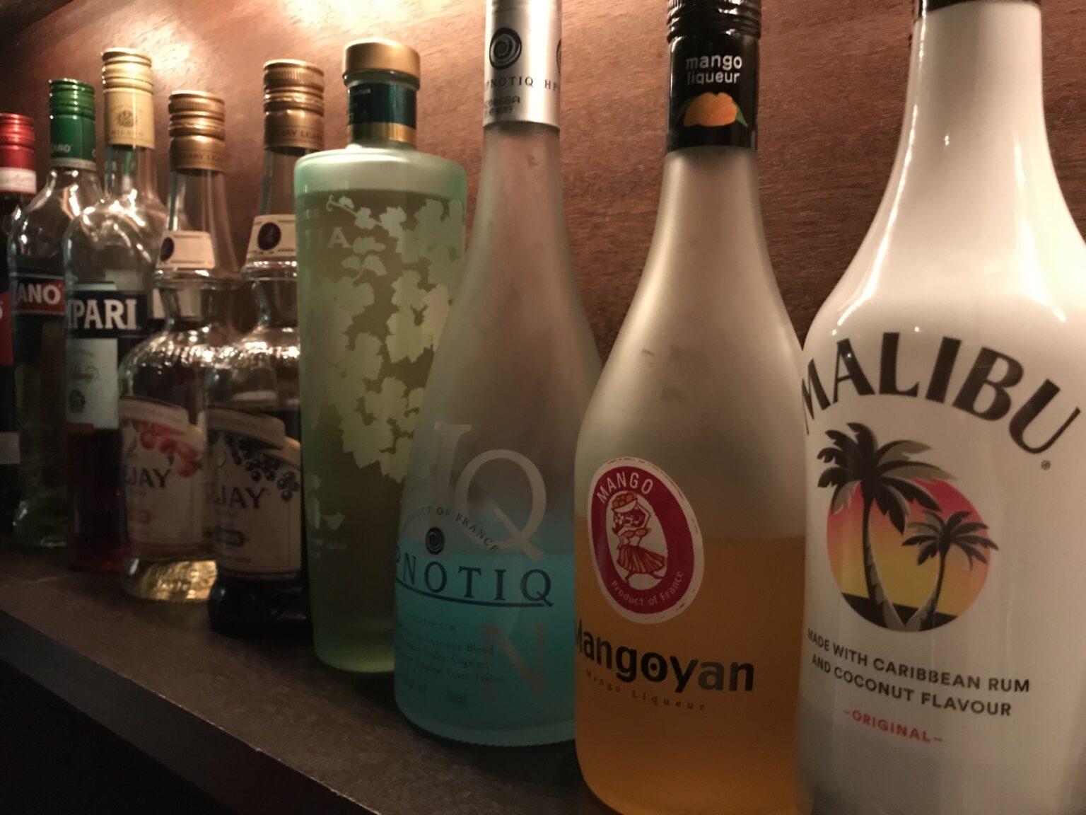 宅飲みにおすすめのリキュール10選【お酒好き必見のカクテルの作り方も紹介】